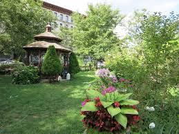 Convent Garden III