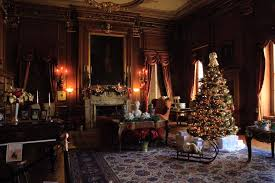 Mills Mansion Christmas III