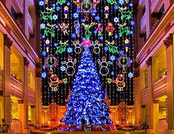 The Christmas Light Show at Macy's Philadelphia