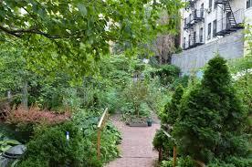 La Perla Community Garden