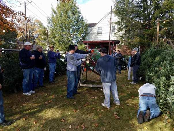 HHMA Christmas Tree Set Up 2017