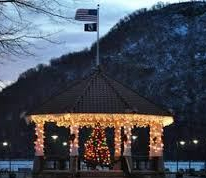 Downtown Cold Spring at Christmas