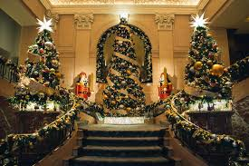 Penisula Hotel Christmas.jpg