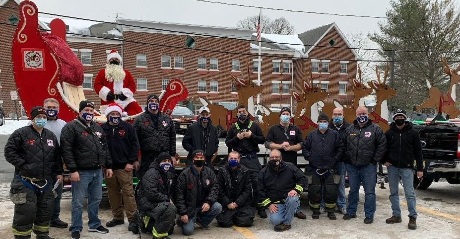 HHFD at Santa Around Town 2020